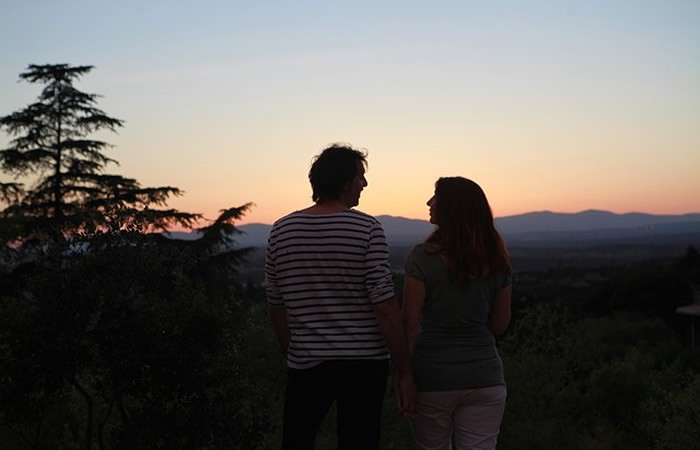 Médium en ligne pour un tarot du couple