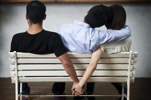 Est-il possible d'aimer deux personnes en même temps